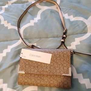 Calvin klein crossbag purse